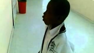 طالب زول لعب في المدرسه لعب