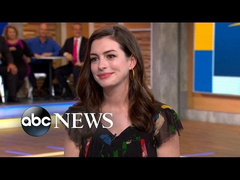 Anne Hathaway dishes on her $15 flea market dress