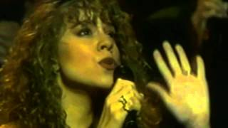 Mariah Carey-Love Takes Time(Live Apollo Theatre 1990)
