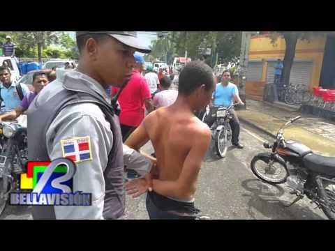 Multitud Atrapa a Un Atracador A Plena Luz del día En Higüey