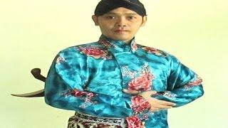 [TUTORIAL] Cara Memakai Pakaian Adat Jawa - How to Wear Javanese Outfits [HD]