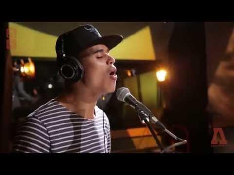 Jakubi - Holiday - Audiotree Live