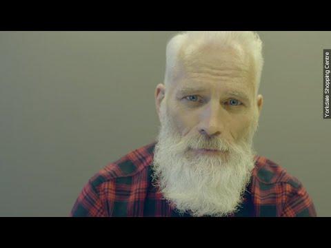 Toronto's 'Fashion Santa' Gets Some Hilarious Mixed Reactions - Newsy