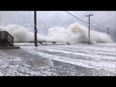 Weather Going WILD Northport, New York, Long Island, Suffolk County MASSIVE WAVES during HIGH tide