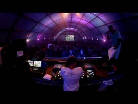 DJ Gomes Mixing It Up @ Oi! Stage Solar 2012