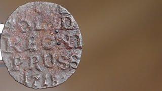 Поиск монет металлоискателем видео, монеты 16 и 18 веков(Поиск монет металлоискателем видео. Во время поиска клада найдены монеты 16 (серебро) и 18 веков. Предположени..., 2016-05-13T06:00:00.000Z)