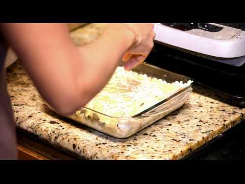 Vegan, What? Cheesy & Creamy Mushroom & Spinach Alfredo Lasagna!