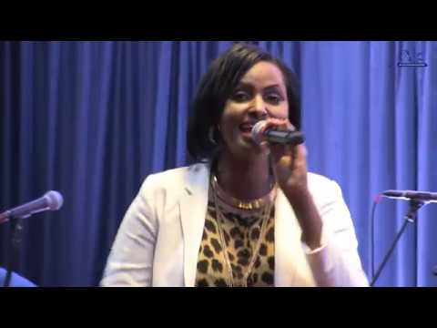 Medley: Arankunda, Amahoro. Gaby KAMANZI