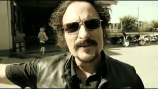 Sons of Anarchy-Behind the Scenes with Kim Coates aka Tig Trager