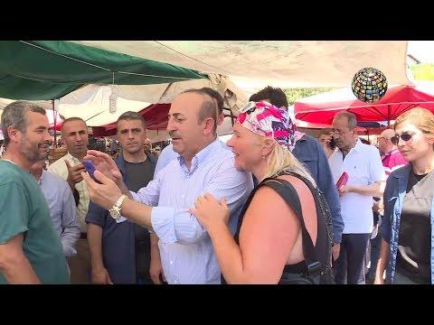 Çavuşoğlu'nun sarışın rus kızı ile komik anları