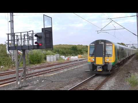 Trains at Tring 09/08/16