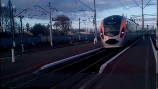 Поезд Киев-Днепропетровск в Мироновке(, 2015-11-16T21:23:26.000Z)