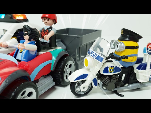 Let's go to catch minions with minions, police cars and motorcycles. ❤️ RACHAMAN TOY