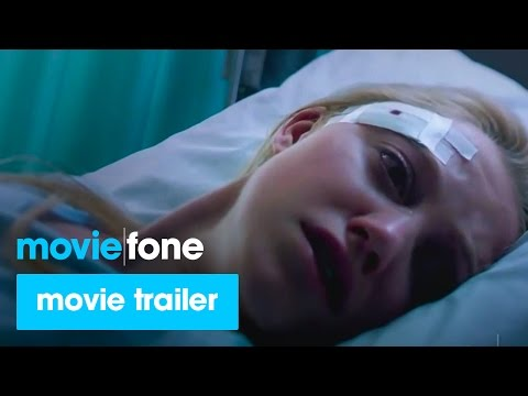 'It Follows' Trailer (2015): Maika Monroe, Keir Gilchrist