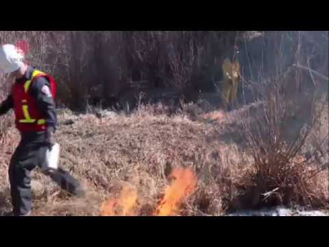 fort-mcmurray-fighting-fire-with-fire-to-start-spring-season