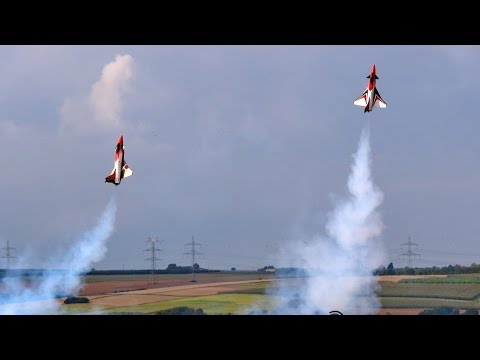 2x RC Thrust Vectoring Fighter MBB X31 , Music Flight Demonstration , JetPower Messe 2014 *HD*