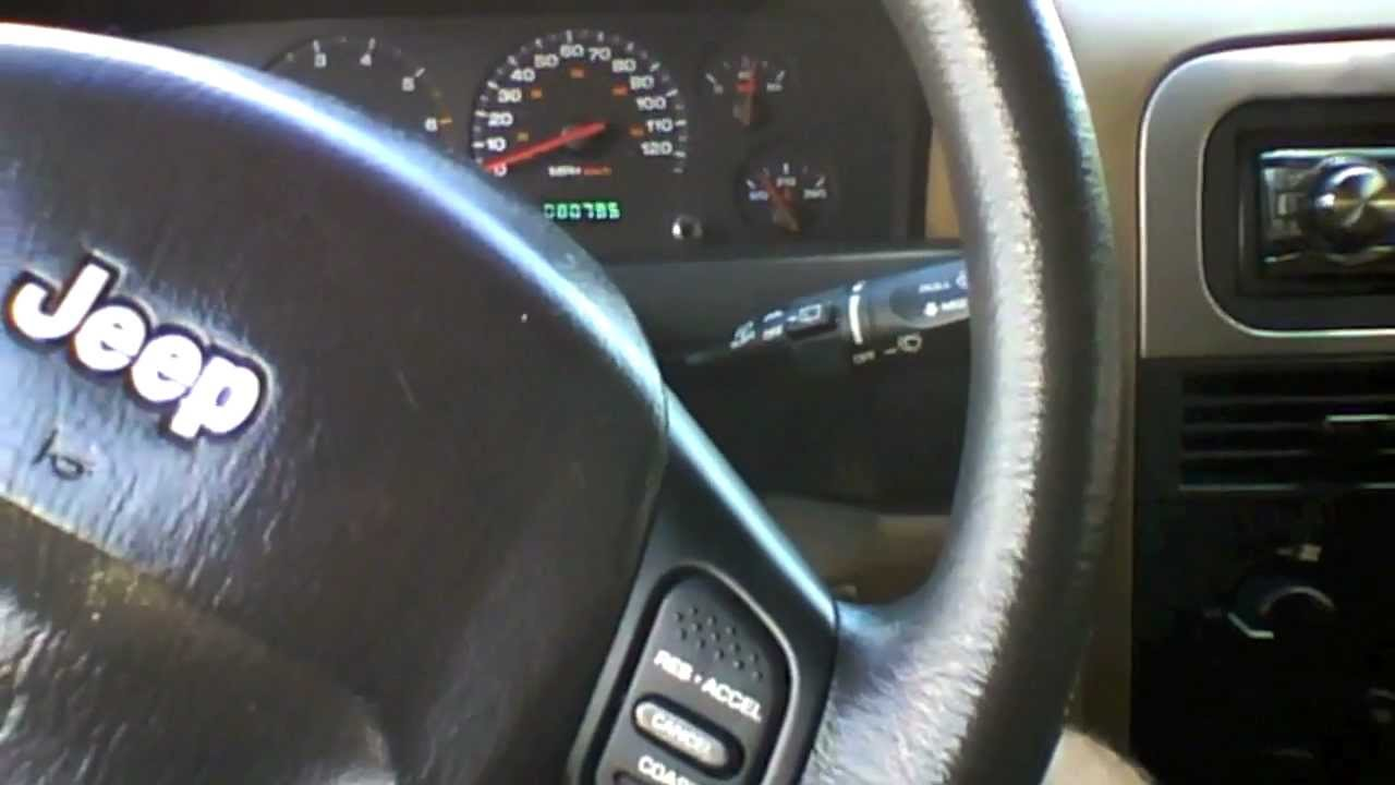 2001 Jeep Grand Cherokee Laredo 4.0L I 6 2WD Start Up, Quick Tour, U0026 Rev  With Exhaust View   80K   YouTube