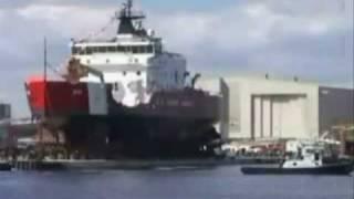 كيف يتم إنزال السفن الجديدة إلى البحر