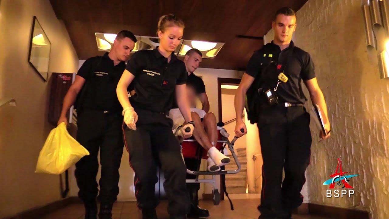 suivez estelle service civique chez les pompiers de paris youtube. Black Bedroom Furniture Sets. Home Design Ideas