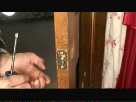 How to Replace a Door Knob video - YouTube