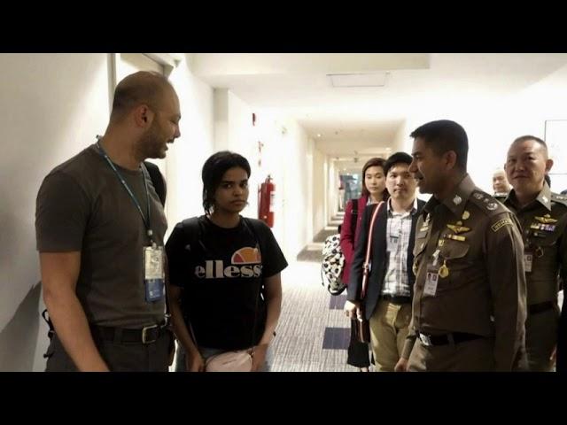 Saudi woman seeking asylum leaves airport