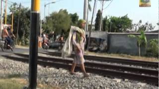Video Video clip Gelandangan - SMK NEGERI 1 BOJONEGORO download MP3, 3GP, MP4, WEBM, AVI, FLV Agustus 2017