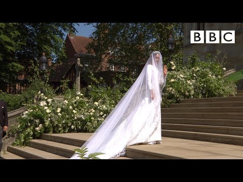 Beautiful Meghan Markle arrives in exquisite wedding dress - The Royal Wedding - BBC