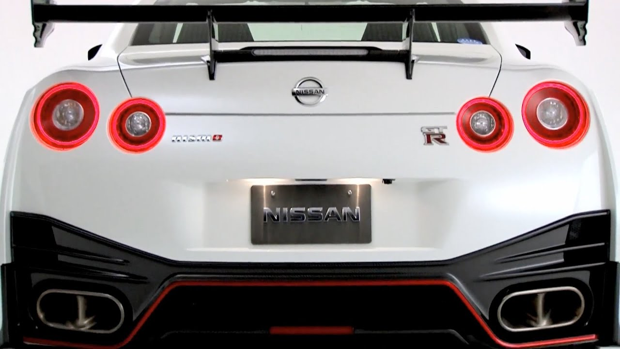 Attractive ▻ 2014 Nissan GT R NISMO Debut   YouTube