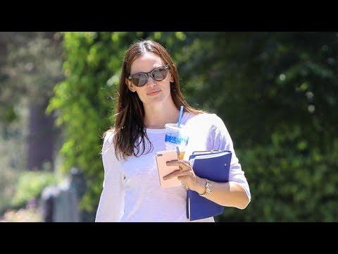 Jennifer Garner Looking Happy Amid Rumored Romance With Chris Pine