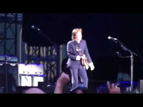 Paul McCartney Live At The Fenway Park, Boston, USA (Wednesday 5th August 2009)