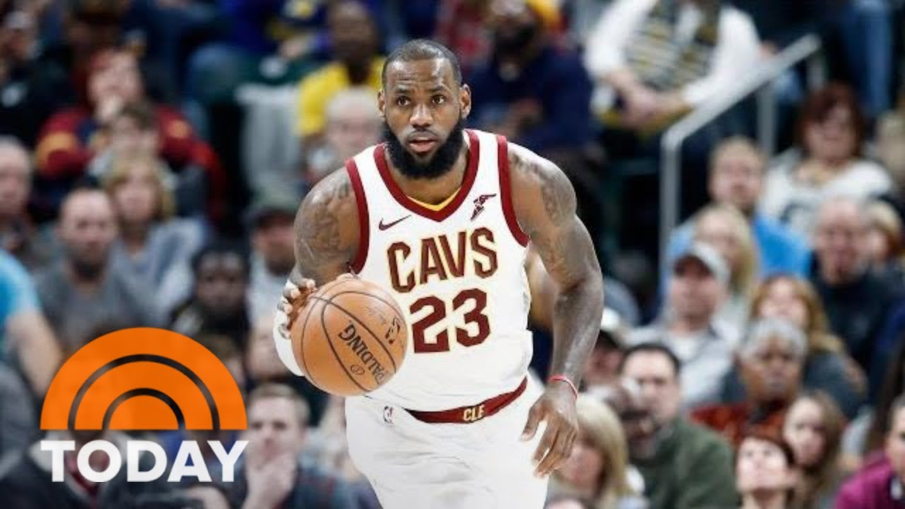 super popular 9bacb 90868 LeBron James Leaves Cleveland, Agrees To  153.3 Million Deal With Los  Angeles Lakers   TODAY