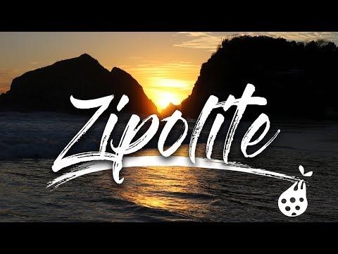 Zipolite playa nudista mexico