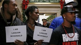 Protests great Chicago Mayor's apology over police shooting