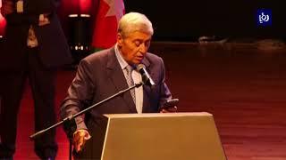 منح ميشيل الصايغ وسام الشخصية الاقتصادية لتطوير العلاقات بين الأردن وفلسطين - (2-10-2018)