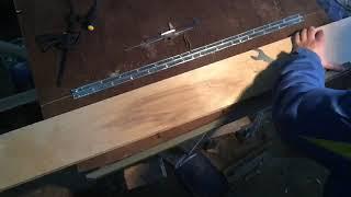 Выравнивание кромки ручным фрезером по большому радиусу с помощью направляющей