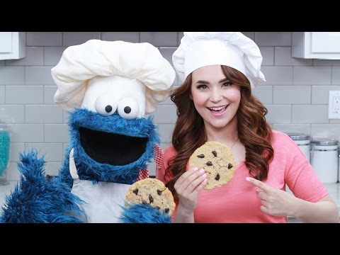 Thumbnail: CHOCOLATE CHIP COOKIES w/ COOKIE MONSTER! - NERDY NUMMIES