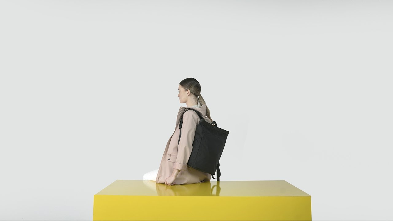 INVISIBLE BACKPACK ONE MINI 2017 - hidden pockets - YouTube 81a5573f1d170