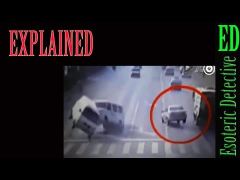 EXPLAINED: Invisible Force hits two minivans in China, November 2015