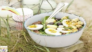 Big egg, bacon & bean salad