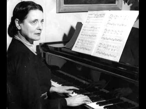 Harriet Cohen plays Bach Prelude and Fugue in D major
