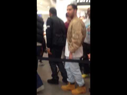 Drake Leaving Colette Store (feb 24th 2014)