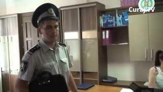 Spune că angajații CEC au băut în orele de lucru și a chemat poliția