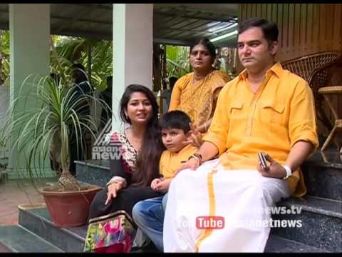 Navya Nair and family Sharing Onam experience...
