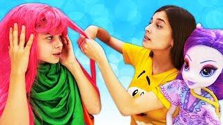 Веселые детские видео. Салон красоты для девочек. Куклы Барби и Эквестрия Герлз.