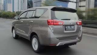 Download lagu Toyota All New Kijang Innova 2016 Review Indonesia - OtoDriver (Part 3/3) (English Subtitled)