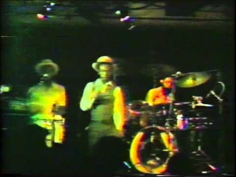 Gregory Isaacs - My Number One - Live My Fathers Place 1979