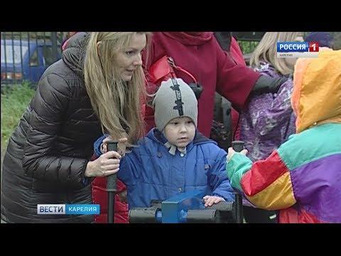 """Детям из центра """"Надежда"""" в Карелии подарили новую спортплощадку"""