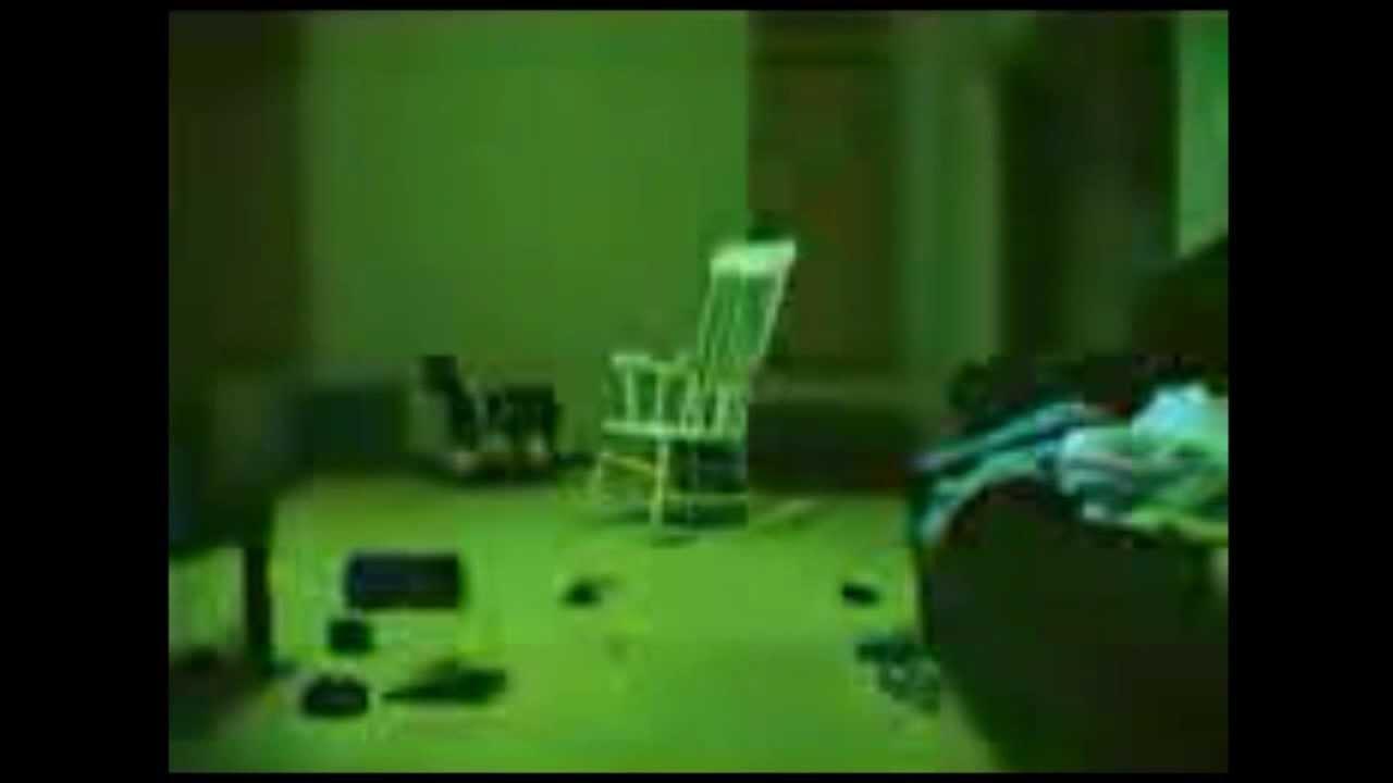 V deos de terror la silla que se mueve sola youtube for Silla que se mueve