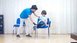 У Даниила открытый урок в театральной студии. ..Басни