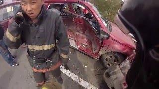 Ежедневная работа службы спасения 101(очень увлекательная нарезка видео, которое покажет с чем сталкиваются сотрудники службы спасения в своей..., 2016-02-17T14:21:49.000Z)
